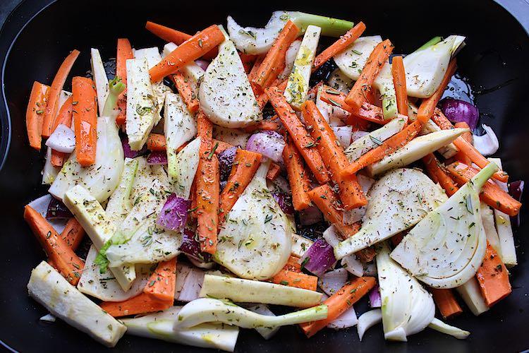 Gegrilde venkel en wortel uit de oven voorbereiding