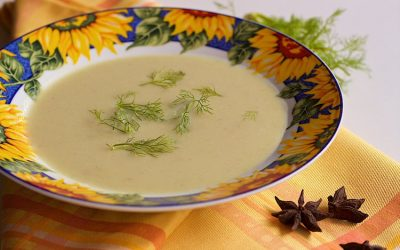 Fennel soup with zucchini and star anise