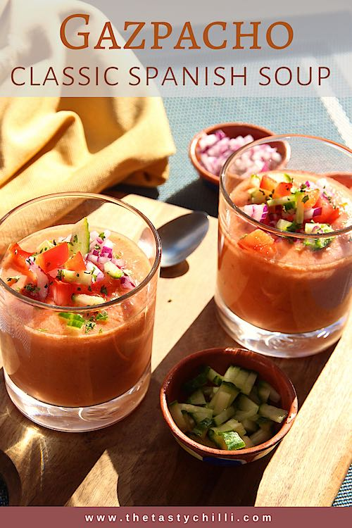 Classic Spanish gazpacho soup | Spanish gazpacho recipe | Cold Spanish tomato soup | #gazpacho #gazpachosoup #spanishsoup