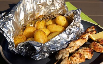 BBQ Grilled potatoes in foil packets