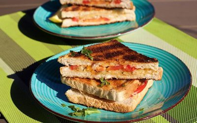Braaibroodjies – BBQ Grilled cheese sandwiches