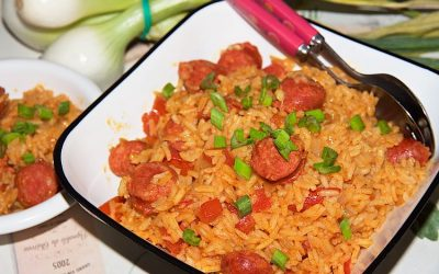 One pot Spanish rice with chorizo and tomatoes