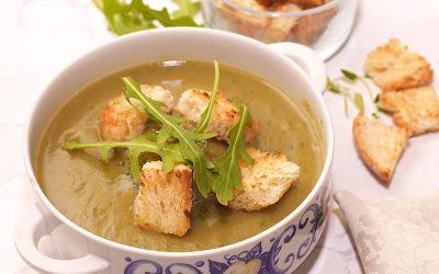 Zucchini soup with arugula