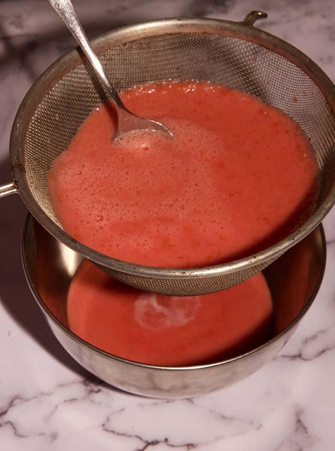 tomaten zeven voor puree